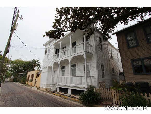 226 Charlotte St, St Augustine, FL 32084 (MLS #183989) :: Ancient City Real Estate