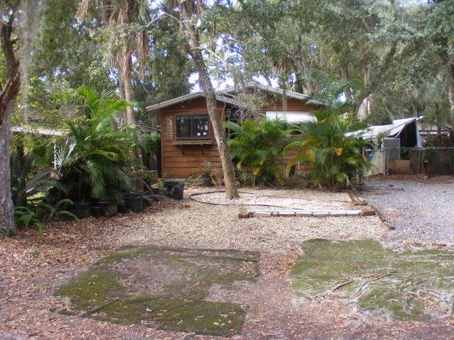 4 Seminole Avenue, Palm Coast, FL 32137 (MLS #191914) :: Noah Bailey Group