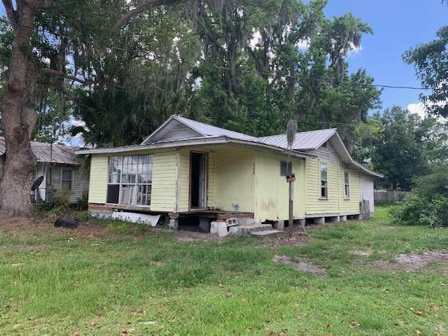 218 W Fox Street, Hastings, FL 32145 (MLS #214211) :: The Newcomer Group