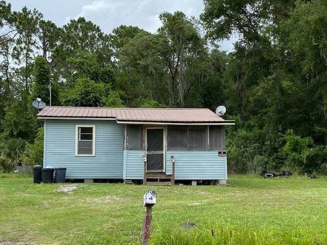 214 Clifton Rd, Crescent City, FL 32112 (MLS #214376) :: Bridge City Real Estate Co.