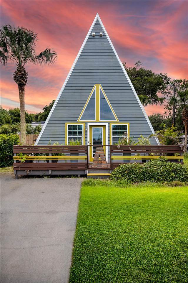 413 A Street, St Augustine Beach, FL 32080 (MLS #214840) :: The Collective at Momentum Realty