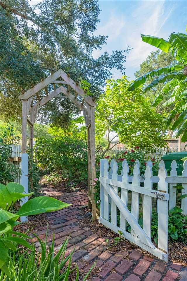 129 Ferdinand Ave, St Augustine, FL 32080 (MLS #215286) :: Keller Williams Realty Atlantic Partners St. Augustine