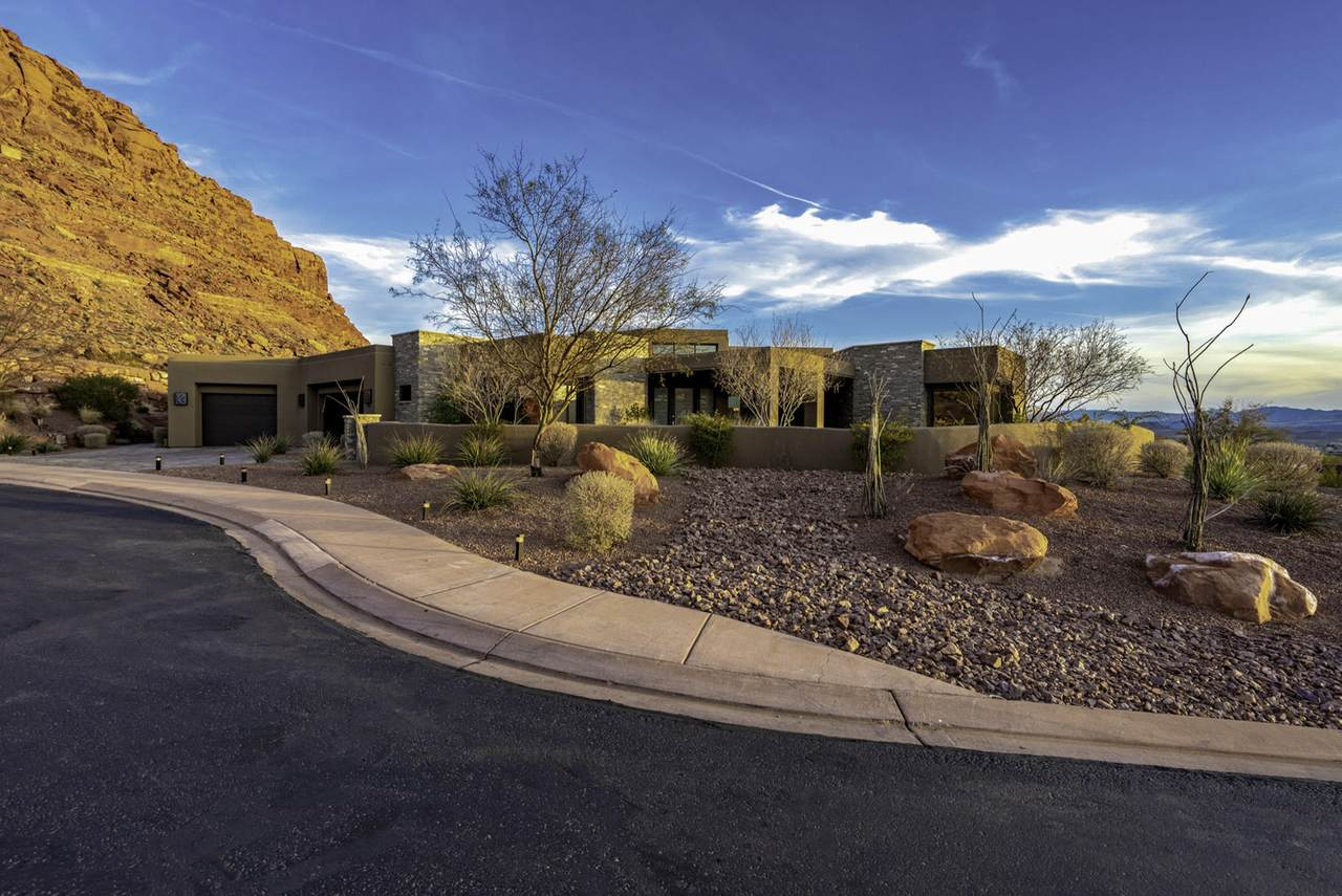 3052 Snow Canyon Parkway - Photo 1