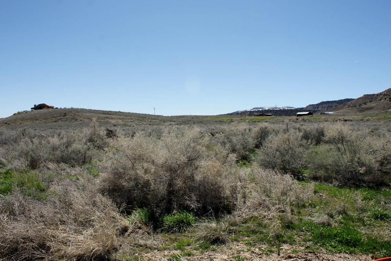 1160 N Utah State Hwy 12 - Photo 1