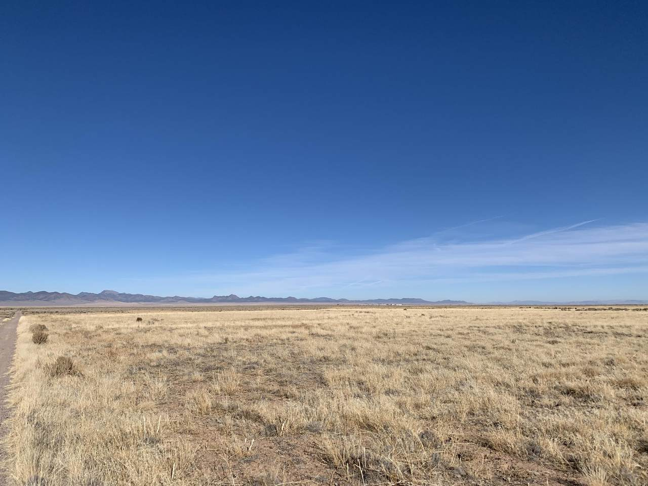 4.56 acres 3800 - Photo 1