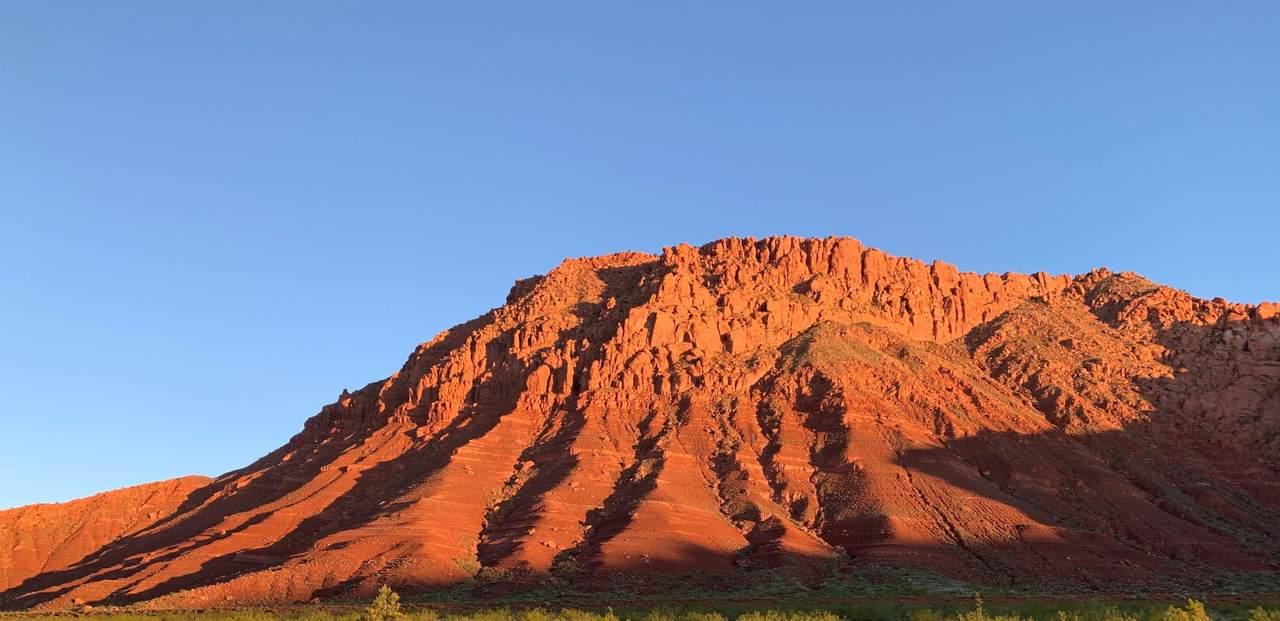 437 Red Desert Trail - Photo 1