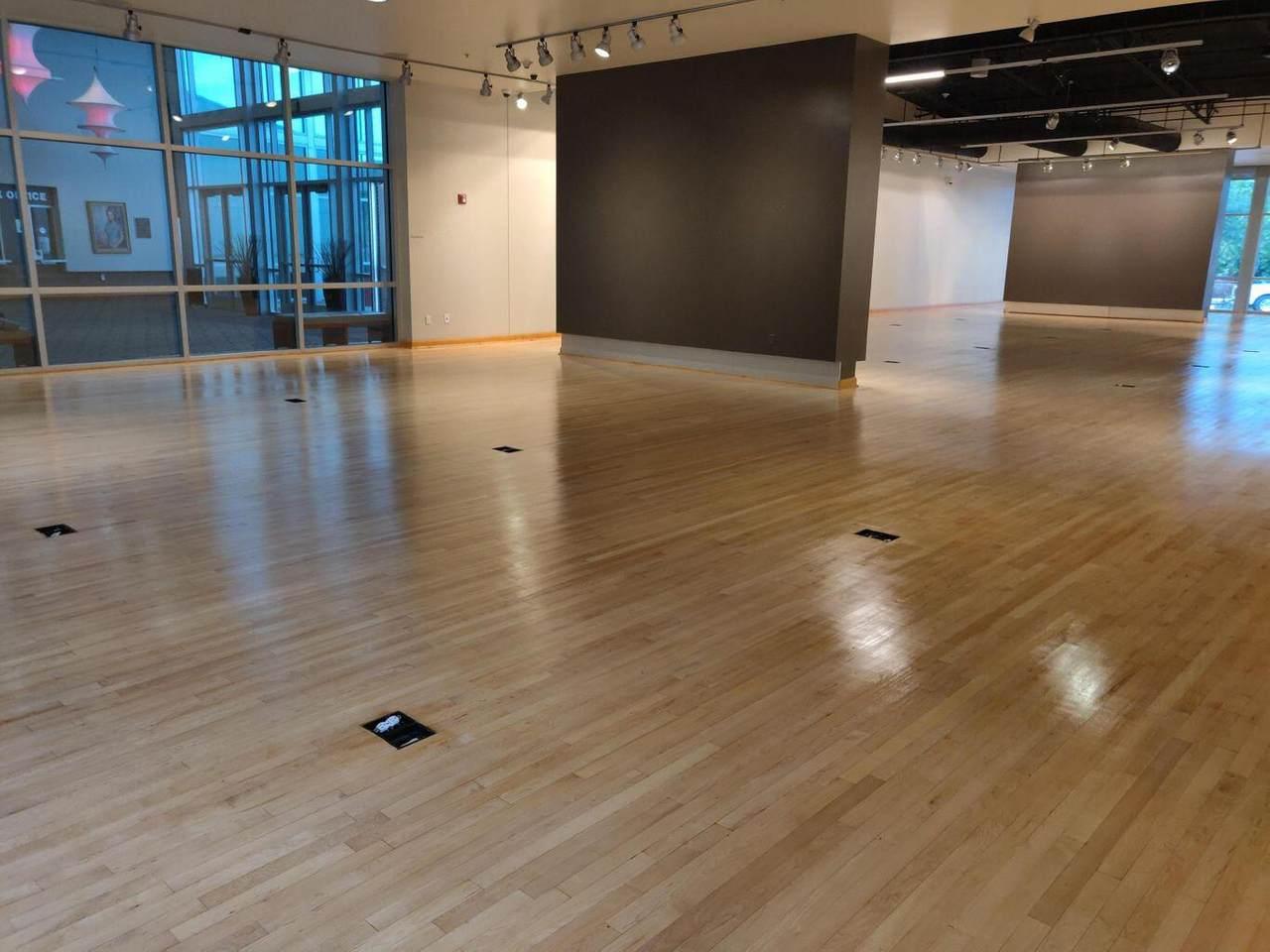 Shakespear Hardwood Flooring - Photo 1