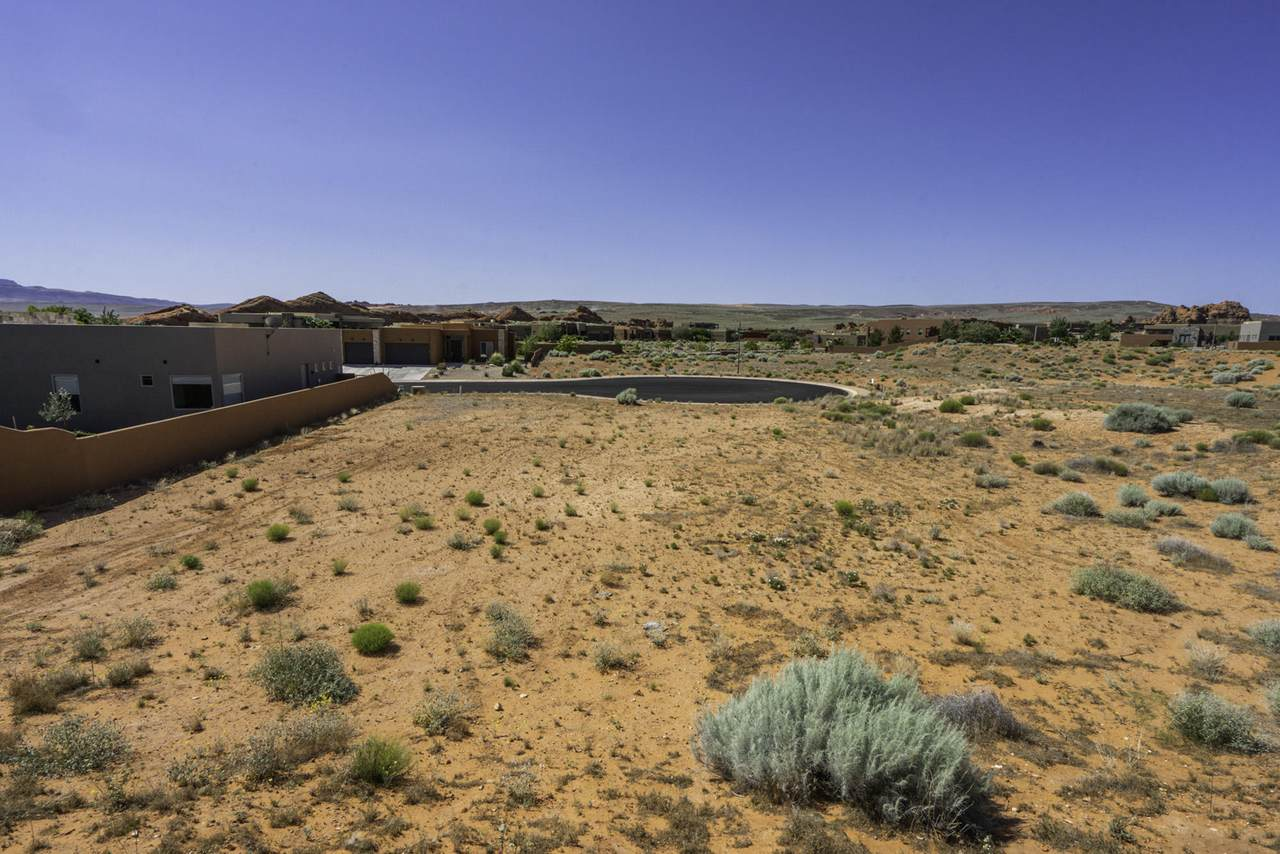 Red Sands Ln - Photo 1