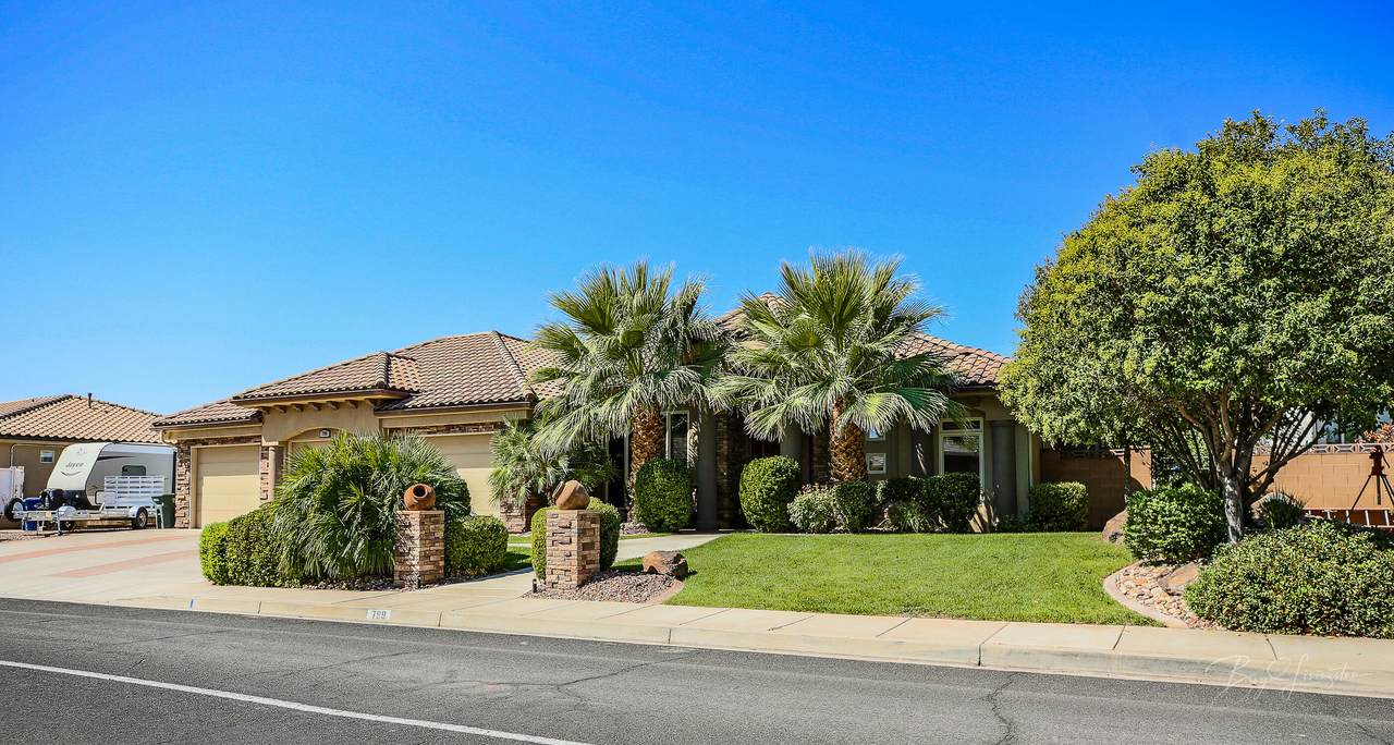 799 Country Ln - Photo 1