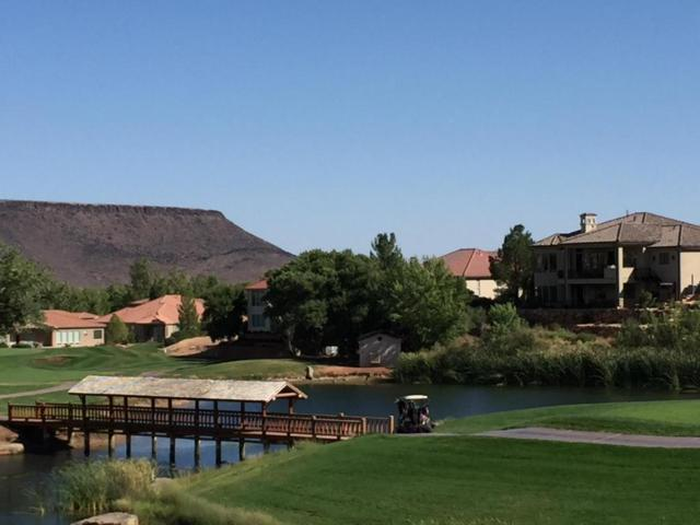 221 N Emeraud Dr #3, St George, UT 84770 (MLS #17-184610) :: Diamond Group