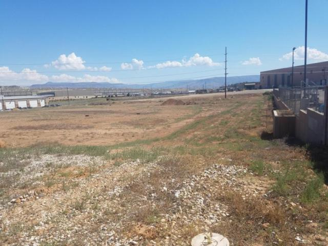 Lot #425 Venture Dr, St George, UT 84770 (MLS #17-185925) :: Remax First Realty