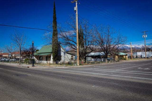 83 E State St, Hurricane, UT 84737 (MLS #17-186015) :: Remax First Realty