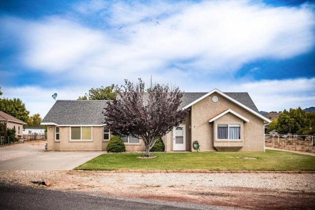 1430 W Opal Ct, St George, UT 84770 (MLS #17-189020) :: Red Stone Realty Team