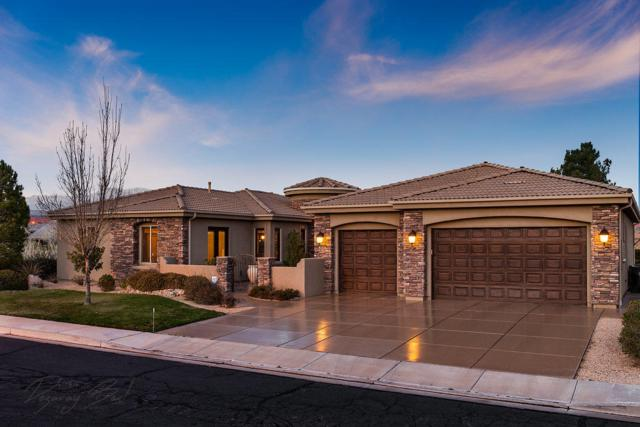 368 N Lost Creek Dr, St George, UT 84770 (MLS #18-192574) :: The Real Estate Collective