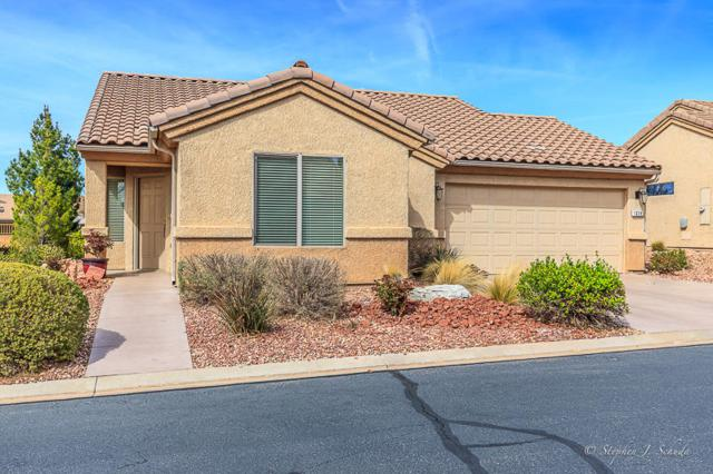 1328 W Summer Poppy Dr, St George, UT 84790 (MLS #18-192851) :: Remax First Realty
