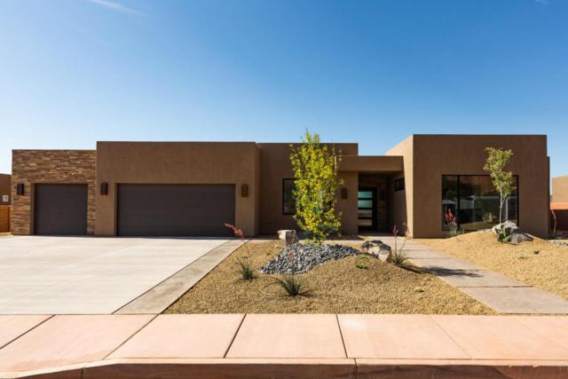 544 E Ridgecrest Cir, Ivins, UT 84738 (MLS #18-194452) :: The Real Estate Collective
