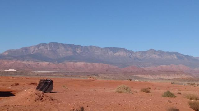 Hideaway Place #341, Hurricane, UT 84737 (MLS #18-195438) :: The Real Estate Collective