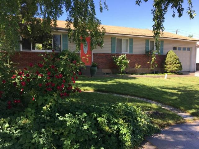 68 W Sunset Dr, Cedar City, UT 84720 (MLS #18-195993) :: The Real Estate Collective