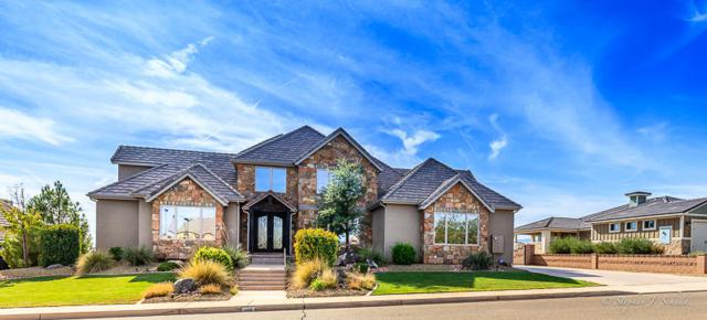 148 S Eastridge Dr, St George, UT 84790 (MLS #18-197960) :: The Real Estate Collective