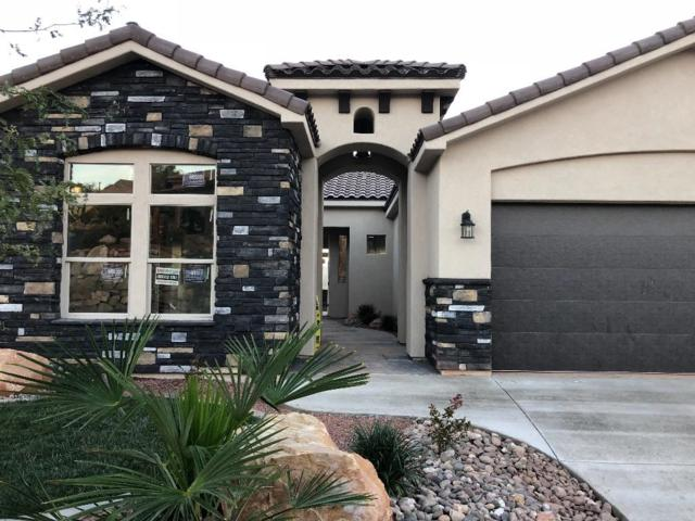 2061 N Gunsight Dr, St George, UT 84770 (MLS #18-198832) :: The Real Estate Collective