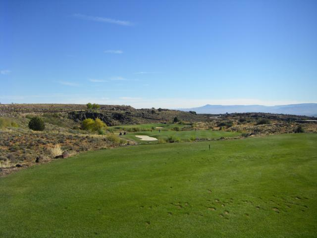 Petroglyph Dr #202, St George, UT 84770 (MLS #18-199149) :: Red Stone Realty Team