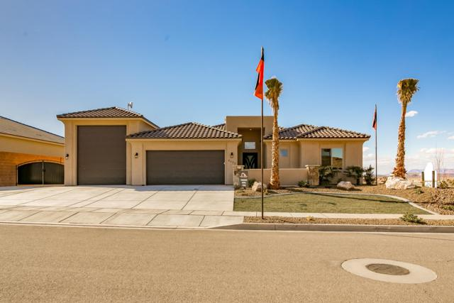 6122 Deserts Edge Dr, St George, UT 84790 (MLS #19-201744) :: Remax First Realty