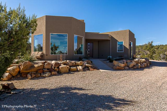 423 N Pinion Hills Dr, Dammeron Valley, UT 84783 (MLS #19-202167) :: Diamond Group
