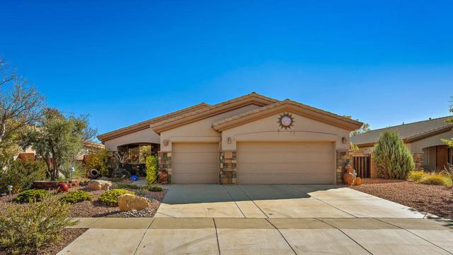 3340 E Sweetwater Springs Dr, Washington, UT 84780 (MLS #19-202819) :: The Real Estate Collective