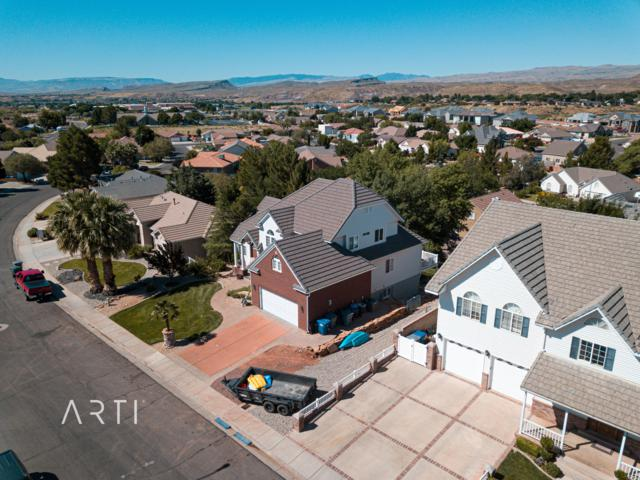 1837 N Centennial Dr, St George, UT 84770 (#19-205113) :: Red Sign Team