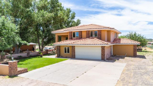 1453 W Diamond Valley Dr, St George, UT 84770 (MLS #19-205154) :: The Real Estate Collective