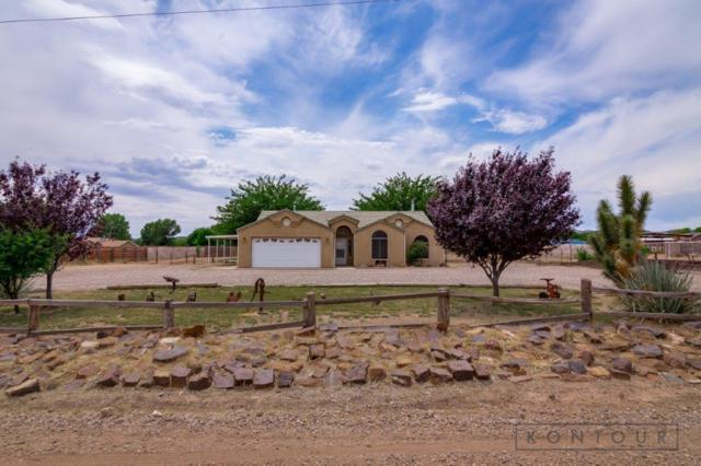 8015 N Sapphire, St George, UT 84770 (MLS #19-205386) :: The Real Estate Collective