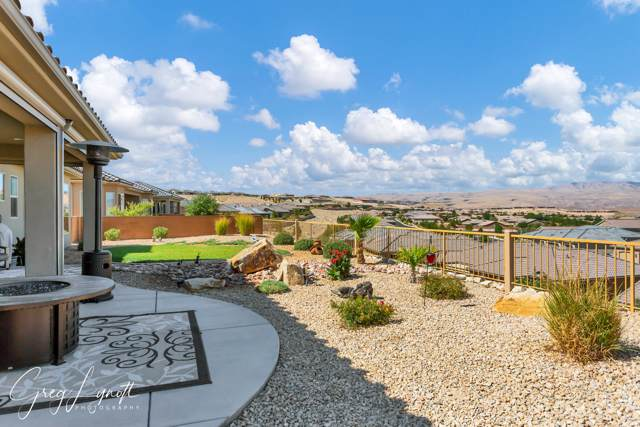 1378 W Whitestone Dr, St George, UT 84790 (MLS #19-207303) :: The Real Estate Collective