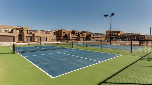4845 N Fisher Island Way, St George, UT 84770 (MLS #19-208838) :: Remax First Realty