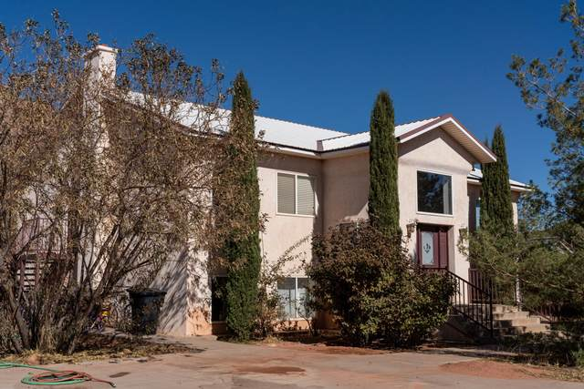 620 W Uzona Ave, Hildale, UT 84784 (MLS #20-211789) :: Remax First Realty