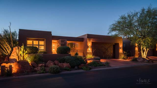 2410 W Entrada Trail #30, St George, UT 84770 (MLS #20-212058) :: The Real Estate Collective