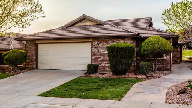 2283 S Legacy Dr, St George, UT 84770 (MLS #20-212335) :: The Real Estate Collective