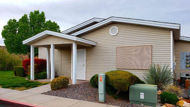6232 W 135 N #42, Hurricane, UT 84737 (MLS #20-212567) :: The Real Estate Collective