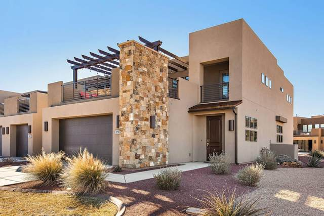 1701 W Caledonia Dunes, St George, UT 84770 (MLS #20-215446) :: The Real Estate Collective