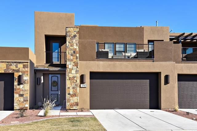 1702 W Caledonia Dunes, St George, UT 84770 (MLS #20-215449) :: The Real Estate Collective
