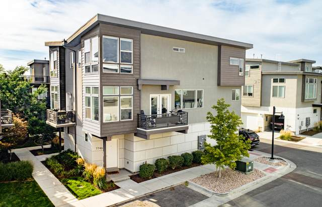 7746 S Rooftop Dr, Midvale, UT 84047 (MLS #20-215598) :: Red Stone Realty Team