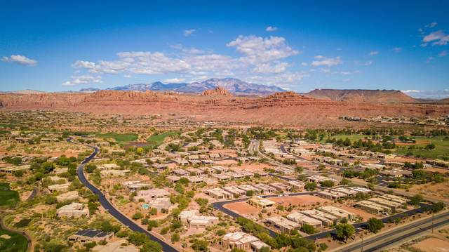 2085 N Tuweap Dr #31, St George, UT 84770 (MLS #20-215644) :: The Real Estate Collective