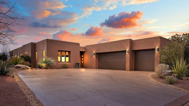 2335 Cohonina Cir, St George, UT 84770 (MLS #20-216572) :: Diamond Group