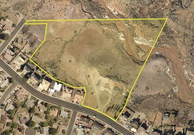 2700 Canyon View Dr, Santa Clara, UT 84765 (MLS #20-216902) :: Diamond Group