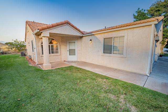 2098 W 70 S, Hurricane, UT 84737 (MLS #20-217197) :: Langston-Shaw Realty Group