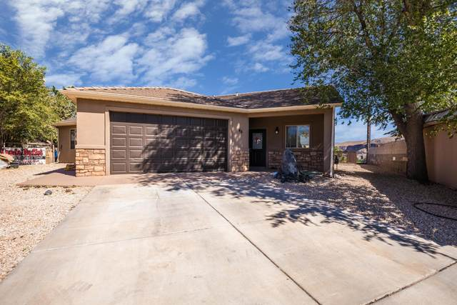 46 W 750 N, Hurricane, UT 84737 (MLS #20-217264) :: Team SURGE @ KW St. George