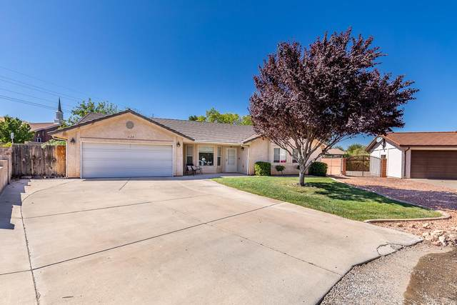 3128 S Nannyberry Dr, St George, UT 84790 (MLS #20-217272) :: Team SURGE @ KW St. George