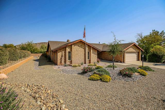 2837 Snow Cir, St George, UT 84790 (MLS #20-217548) :: The Real Estate Collective