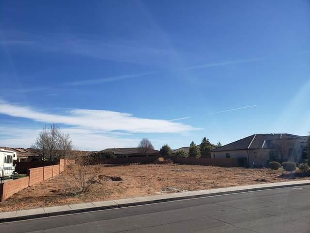 1620 N Fairway Dr #17, Washington, UT 84780 (MLS #21-219510) :: The Real Estate Collective