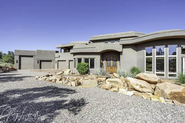 384 N Sundial Ridge Cir, Dammeron Valley, UT 84783 (MLS #21-219530) :: eXp Realty