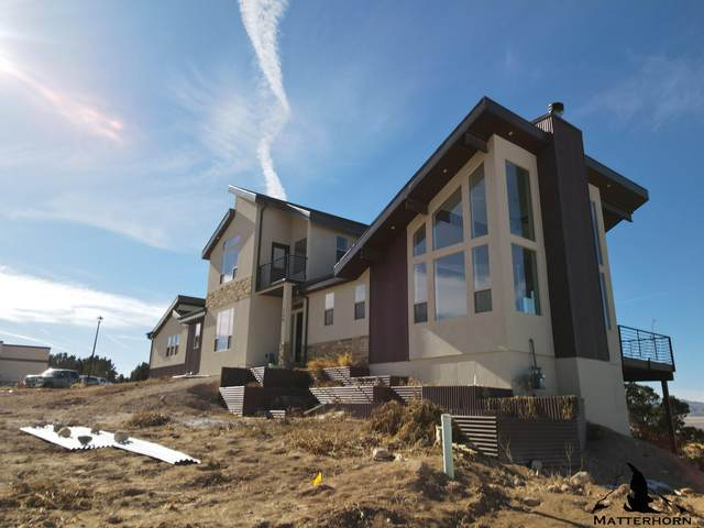 144 S Kingsbury Dr, Cedar City, UT 84720 (MLS #21-219548) :: Team SURGE @ KW St. George